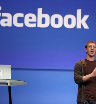 Mark Zuckerberg en un evento de Facebook