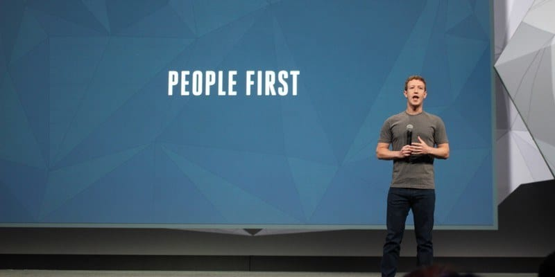 Mark Zuckerberg en F8